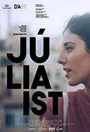 Watch Free Júlia ist (2017)