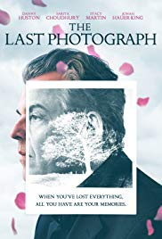Watch Free The Last Photograph (2017)